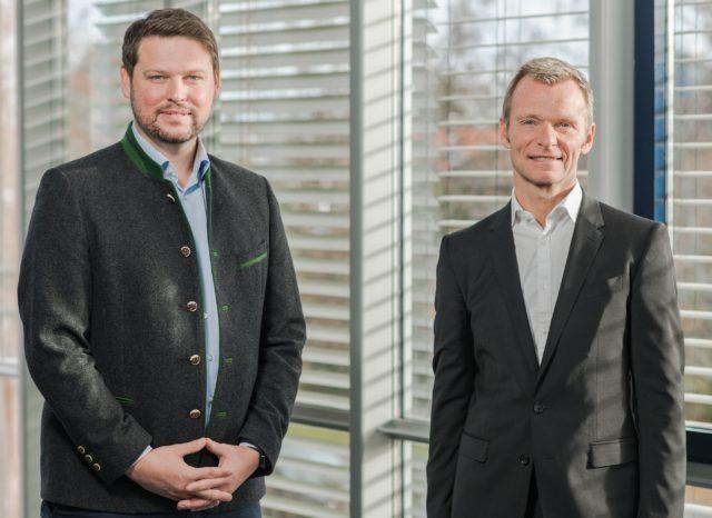 Die Geschäftsführer der SWMUNICH Real Estate GmbH planen das Projekt MUCcc
